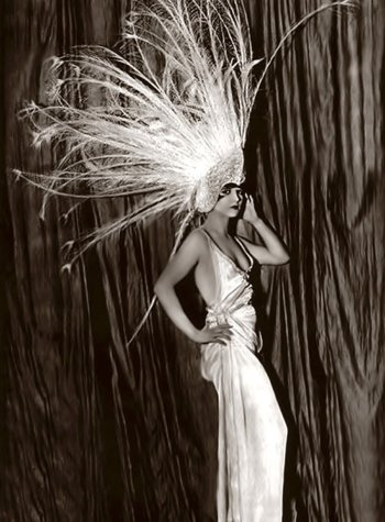Louise Brooks in the Follies