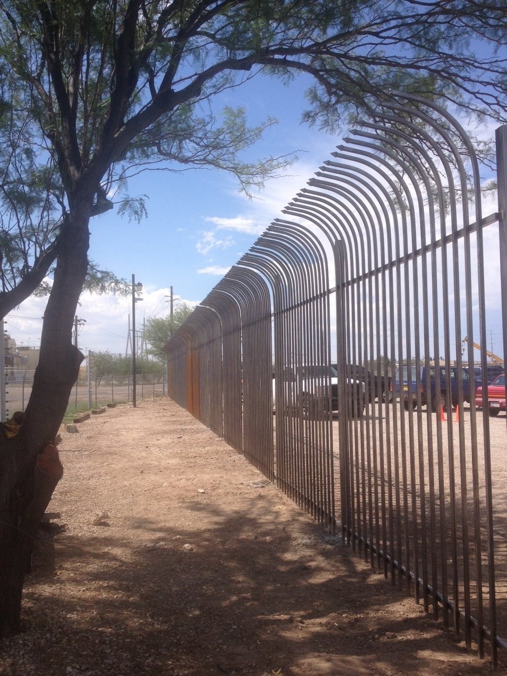 comercial fence.JPG