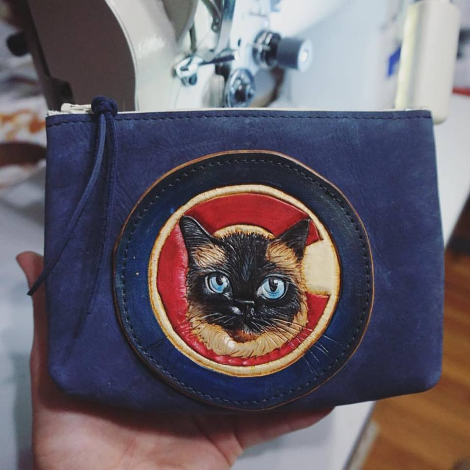 Custom Cat and Cubs Fan Pouch