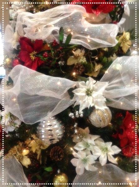 Christmas tree close up.JPG