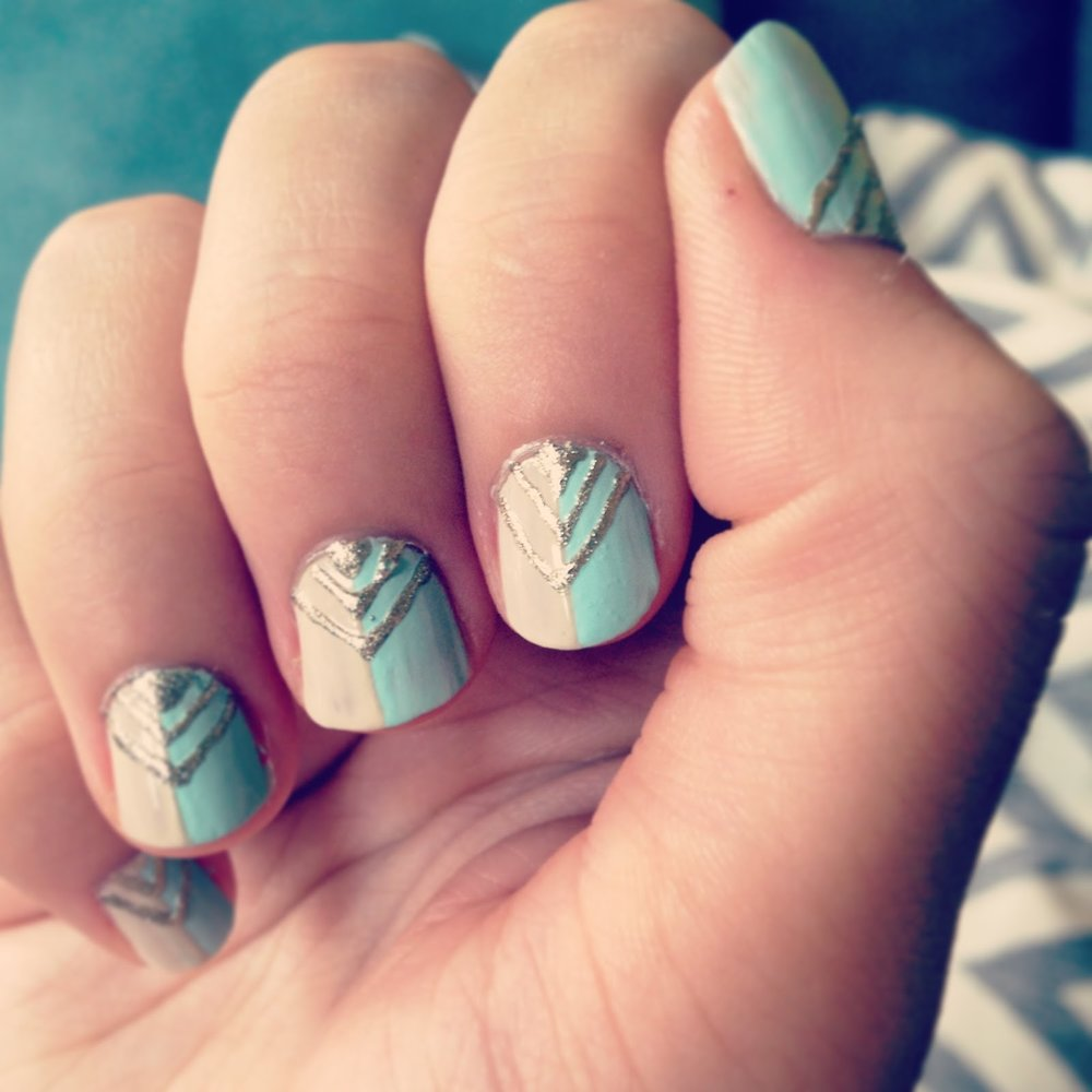 Chevron mint cream nail art how to DIY