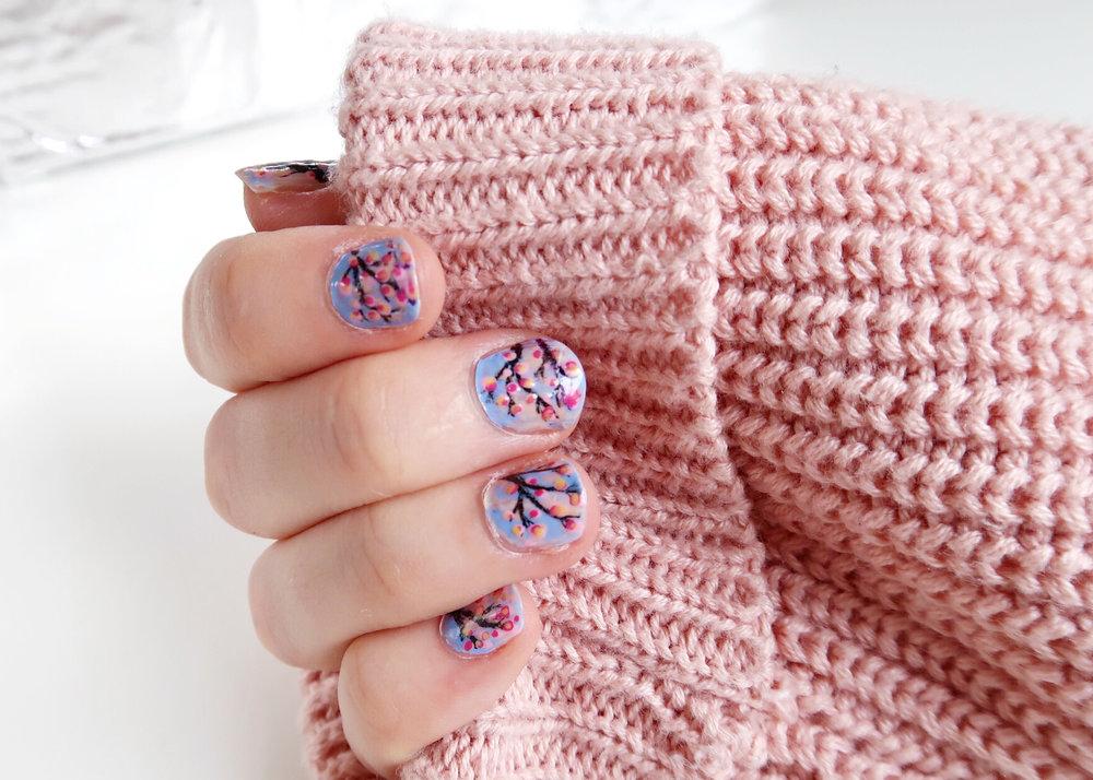 DIY Spring Blossom Nail Art by Isoscella