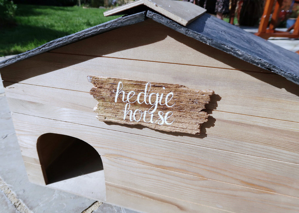 DIY Hedgehog House Sign by Isoscella