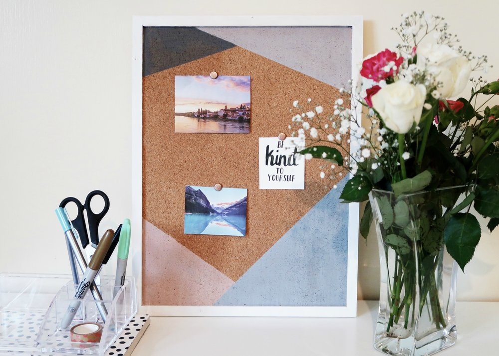 DIY Triangles Notice Board by Isoscella