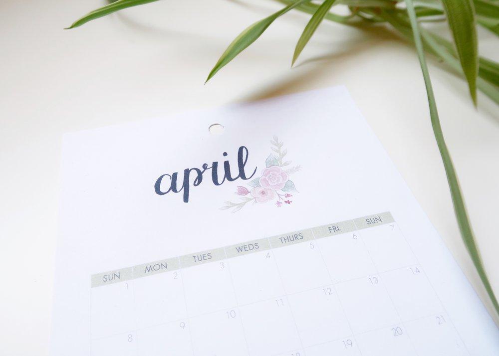Free Printable April 2018 Calendar - Isoscella