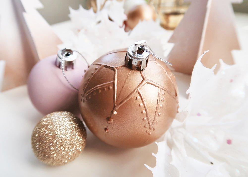 DIY Mandala Textured Tree Ornaments by Isoscella