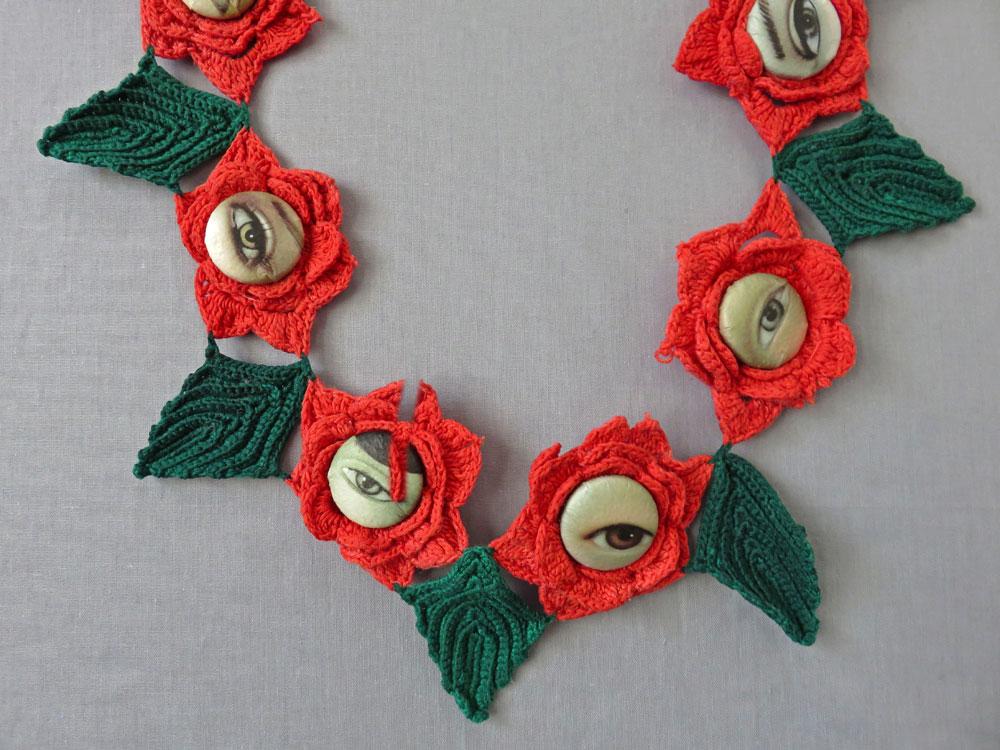 08.-Roses-eyes-detail.jpg