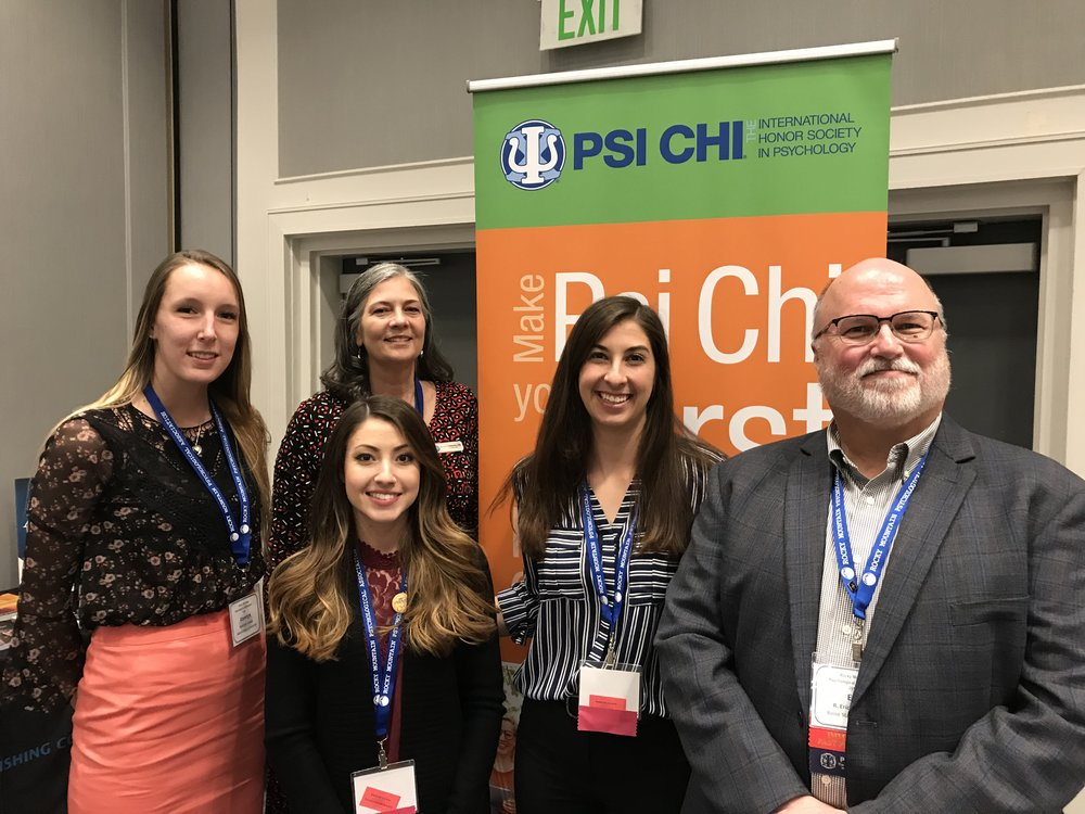 Psi Chi students and Psi Chi Past President Eric Landurm and Psi Chi Executive Director Martha Zlokovich.jpg