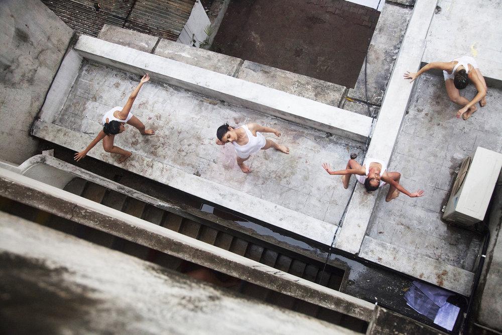 KINEMATIK Dance Theater_photo credit Bhushan Deshmukh.jpg