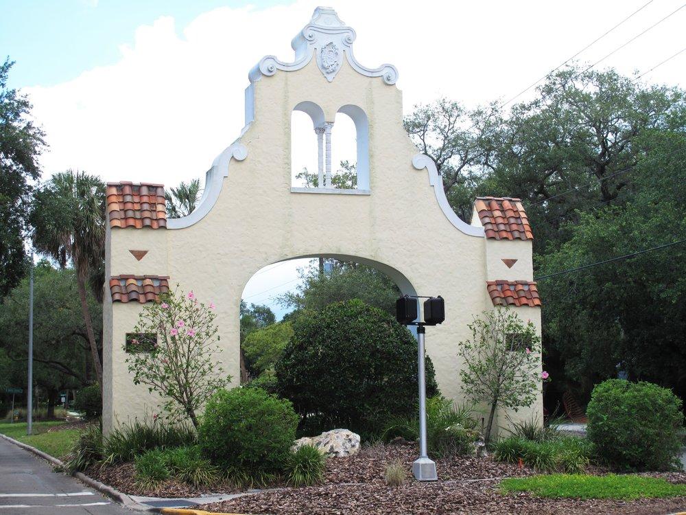 Beach Park Archway.JPG