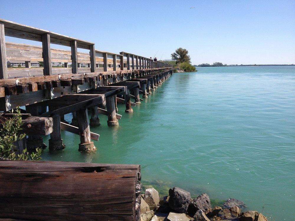 Boca_Grande_Fishing_Pier.jpg
