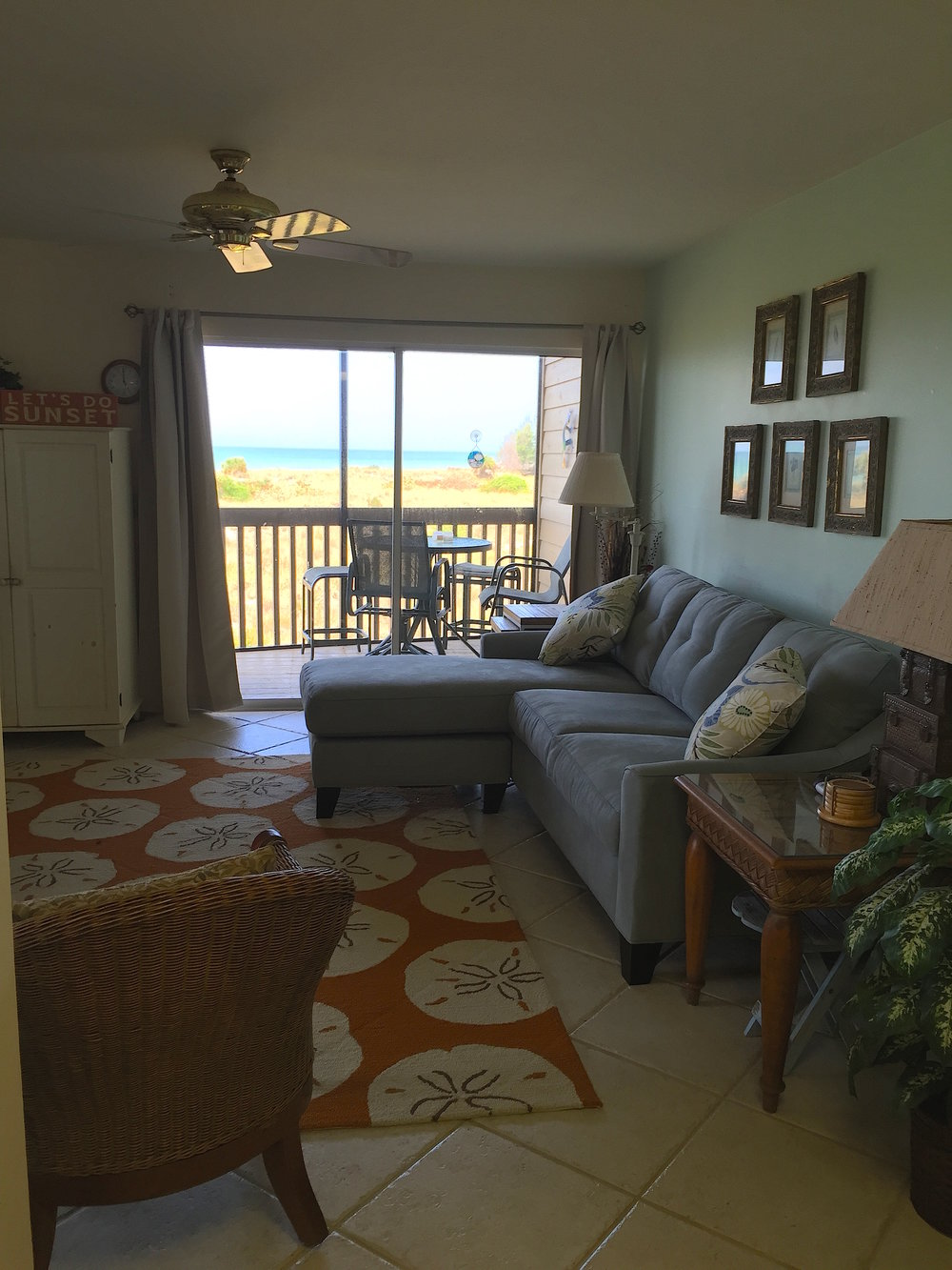 livingroom view.jpeg