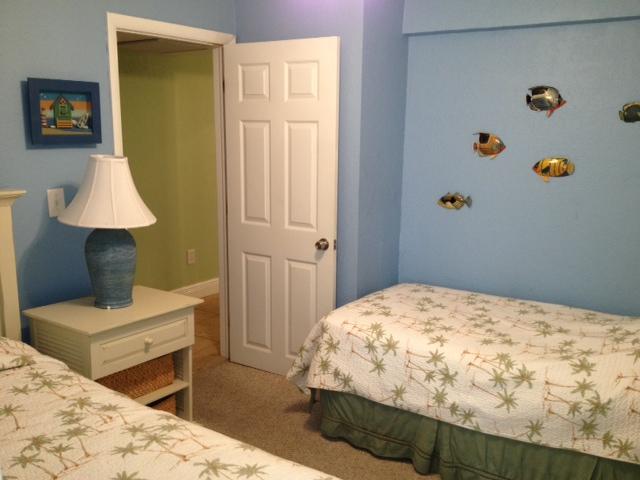 2nd guest room.JPG