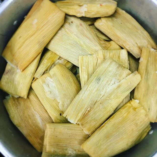5$ TAMALES ALL DAY, just sayin #cincodemayo 🇲🇽