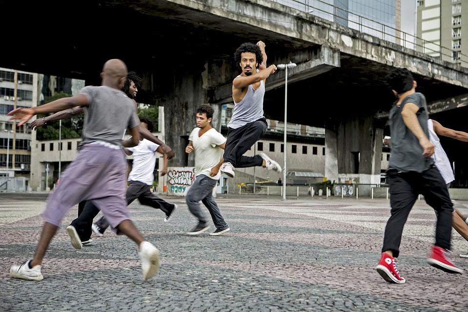 11-08-14-Companhia-Urbana-de-Dança-2.jpg