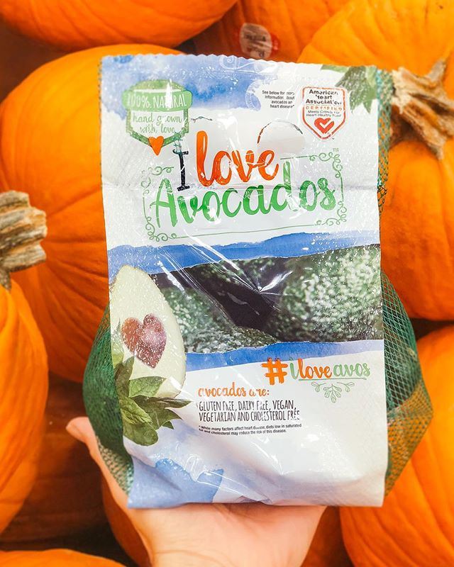 Trick or 🥑 treat, it's Halloween!! Have a safe and yummy evening from all of us at #ILoveAvos! ❤️🥑🎃
