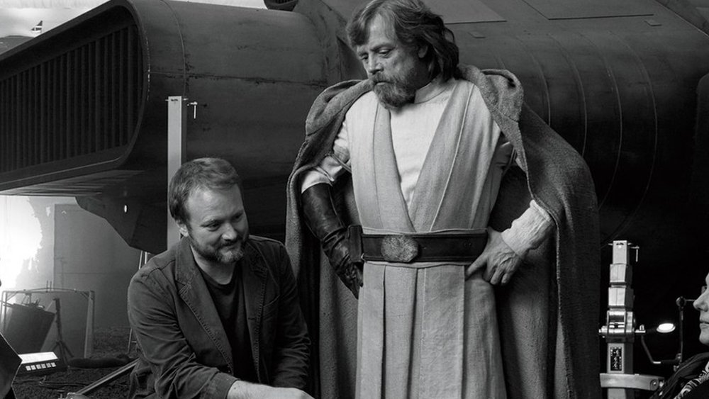 rian-johnson-and-mark-hamill-discuss-the-freedom-of-creating-a-new-star-wars-trilogy-not-bound-to-old-icons-social.jpg