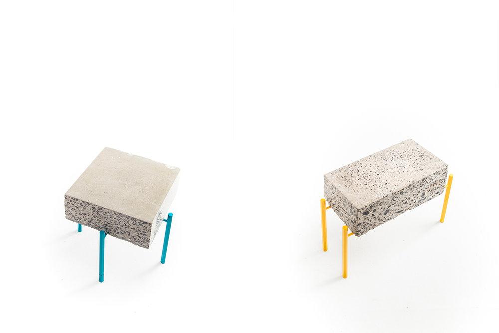 Petite table basse fait de retaille de béton recyclé. Piétement métallique fait sur mesure, léger et de couleur vive. Pattes faites de tiges de métal hexagonale jaune ou turquoise.