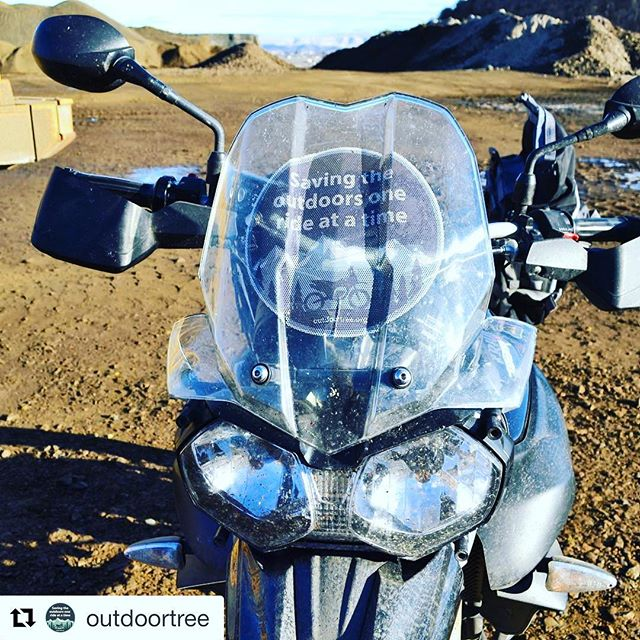 NO THANK YOU @outdoortree  #Repost @outdoortree ・・・ Shout out to @motoscreenz for making a giant motoscreen out of our logo for the Tiger. Pretty cool to have it there. Plus you can see through the back. #10piecechallenge