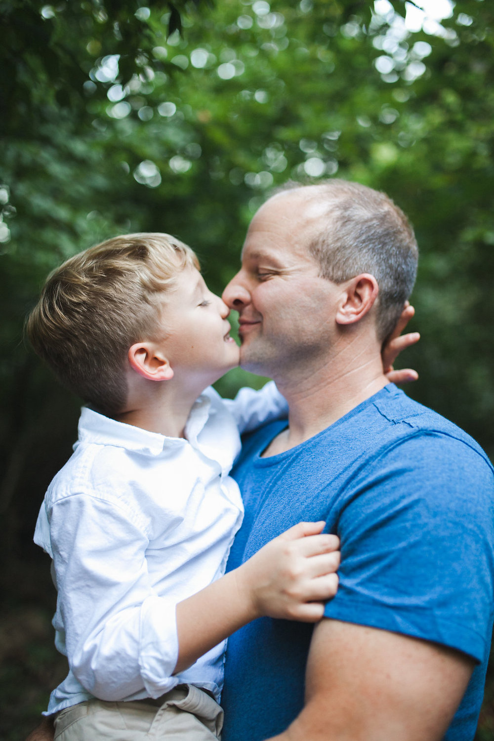 Rochester MI family photographer Bloomer Park Dad and son