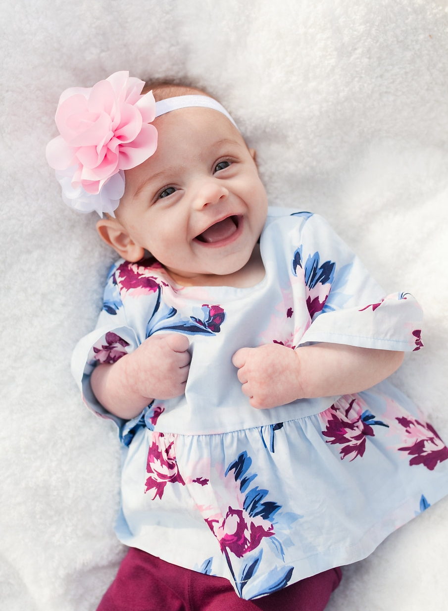 Metro Detroit photographer - laughing baby girl