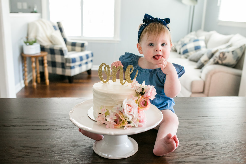 Cake Smash photos at home