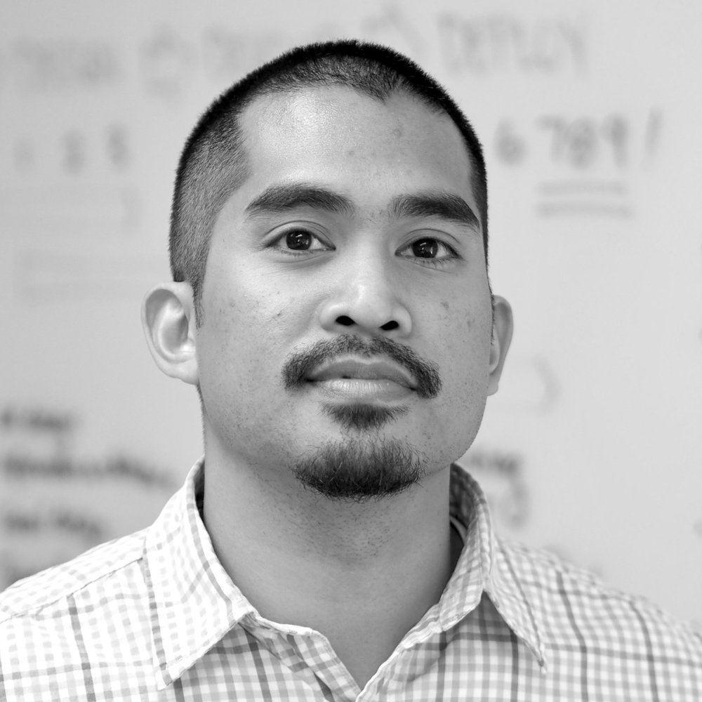 Paul Tomanpos, Jr.  UX & VISUAL DESIGNER  Paul holds a BA in Industrial Arts with an emphasis on Product Design and graduated with distinction from San Francisco State University. In 2005 Paul joined Dayspring, becoming a visual designer, and then subsequently a UX designer. Since then he has been employing his grounded aesthetic sensibilities – shaped during his training in product design – and innately curious mind to create wonderfully useful designs.