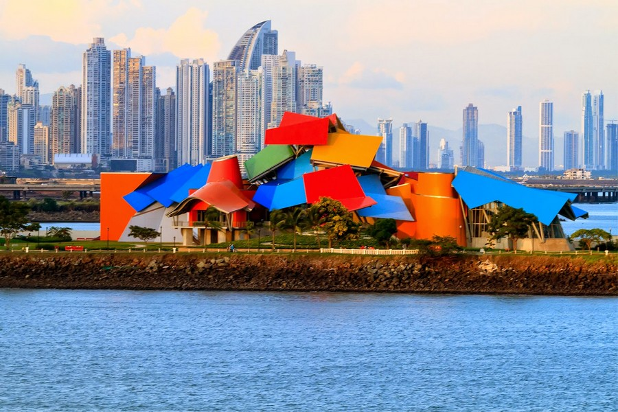 biomuseo-panama-by-frank-gehry-x301215-6.jpg