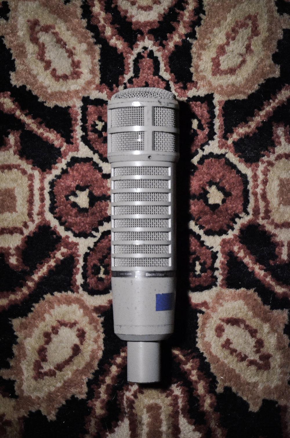 Electro-Voice RE-20 (x2)