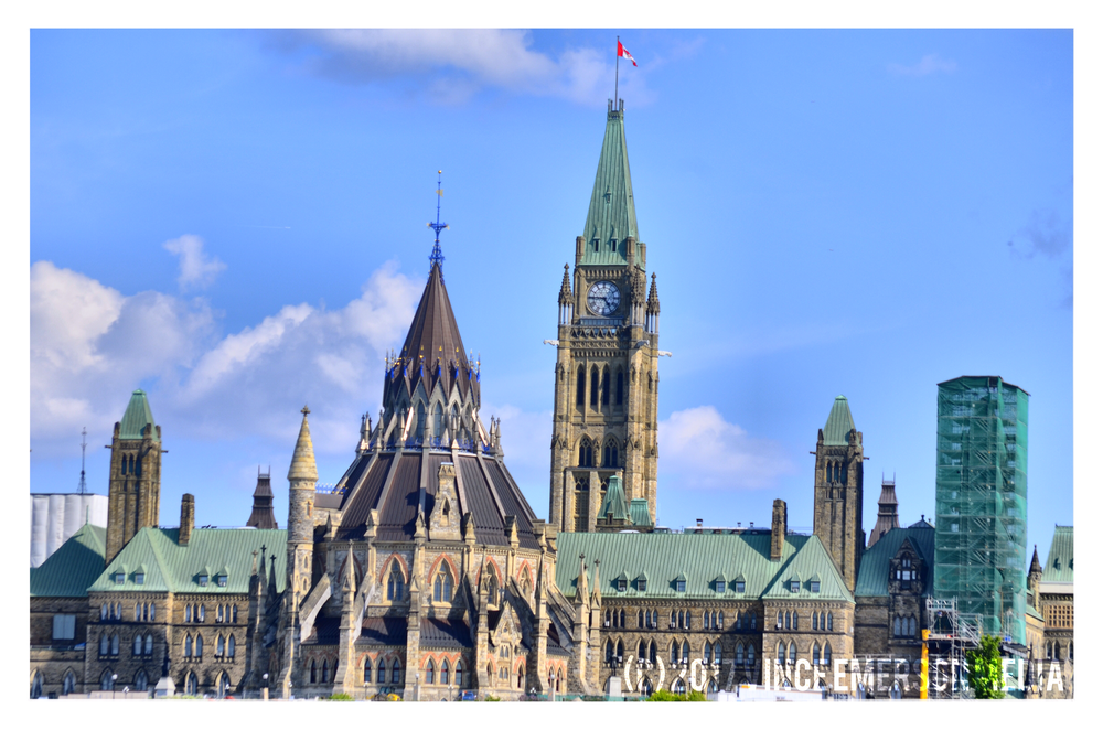 Beside the Rideau Lock is Canada's Parliament where the House of Commons gathers to decide the big decisions of the nation! As you can see during 2016 it was undergoing a little maintenance!