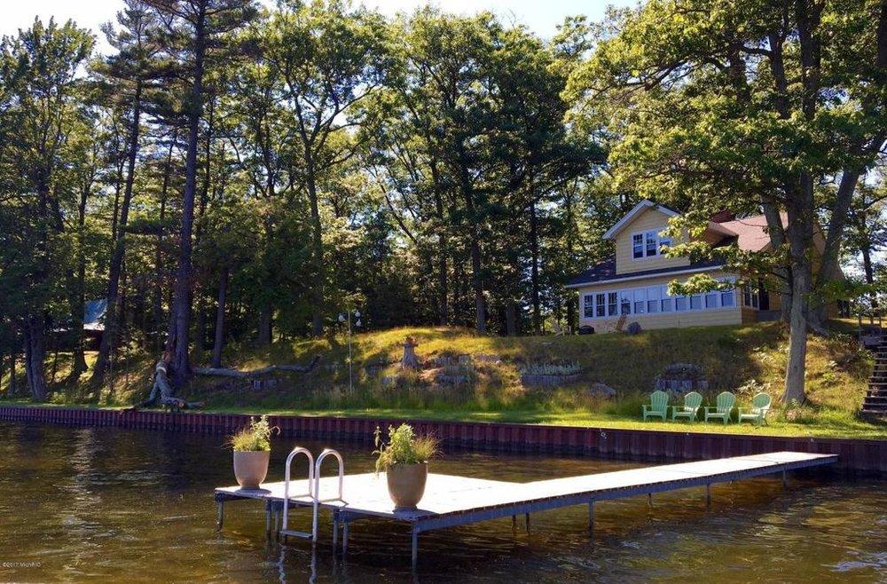 Hamlin house from water.jpg