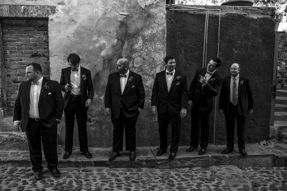 caroline_josh_casa_cariño_wedding_san_miguel_de_allende (165)_1.jpg
