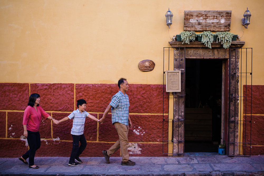 san_miguel_de_allende_family_photo_session_guanajuato (14).jpg