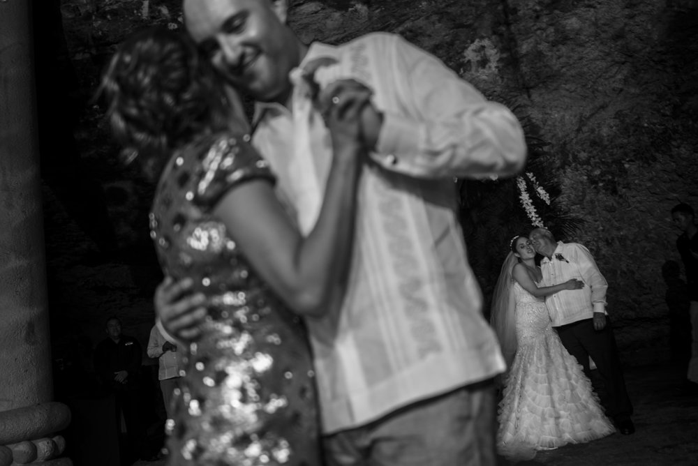 cancun_wedding_photographer_mexico (86).jpg