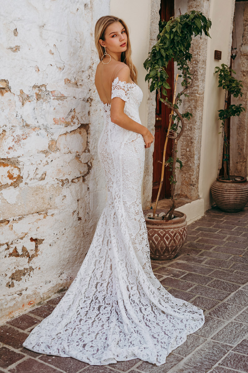 CARTER GOWN