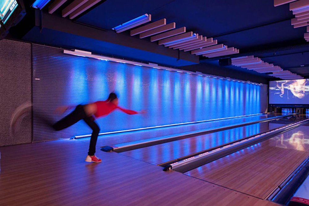 Dynamic and Safe Tension Screens for Metro Bowling  Auckland, New Zealand