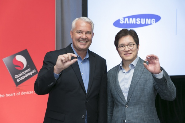 Keith Kressin SVP, Product Management, Qualcomm Technologies Inc and Ben Suh, SVP, Foundry Marketing, Samsung, show off first 10nm mobile processor, Snapdragon 835, in New York at Qualcomm's Snapdragon Technology Summit.