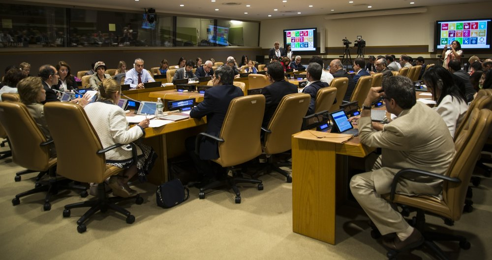 Countries gathering to evaluate progress towards the 2030 Agenda at the global level, HLPF in July 2016 in New York (Photo credit: Freya Morales UNDP, Creative Commons Attribution)