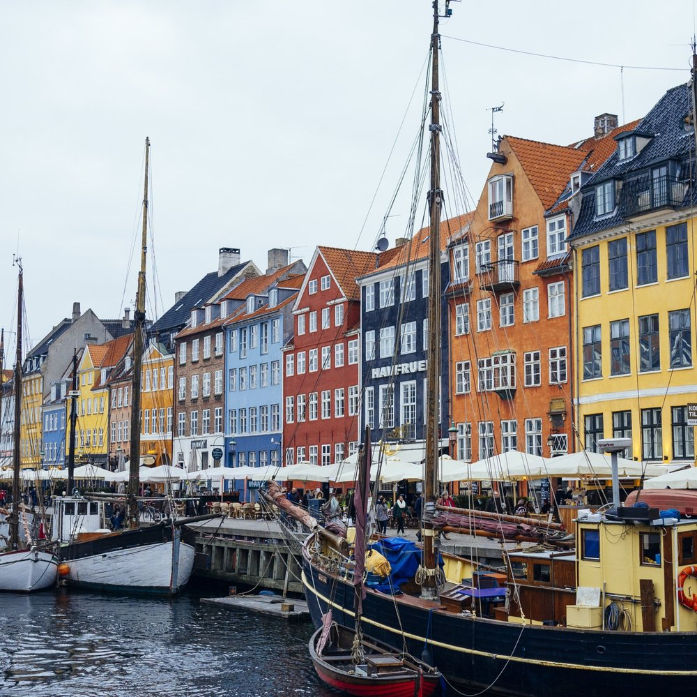 Oplev Københavns smukke kanaler,og dyst i et spændende og sjovt GPS-løb på vandet, i jeres egen båd. -