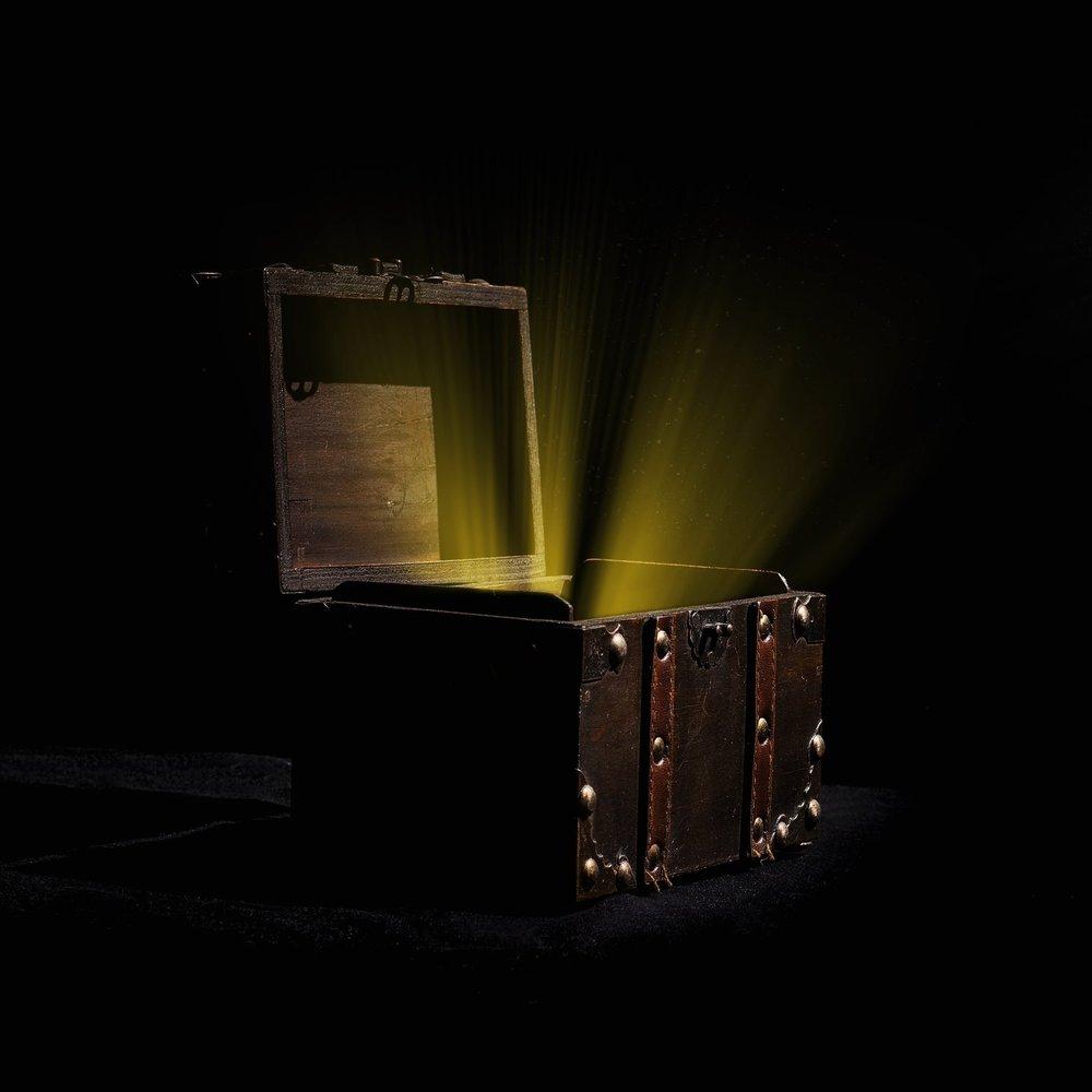 Mystery Box er gådespillet til jer der vil konkurrere mod hinanden i kreativitet, logik og matematik. Her er skruet godt op for intensiteten, og kun 1 hold kan slutte på 1. pladsen. -