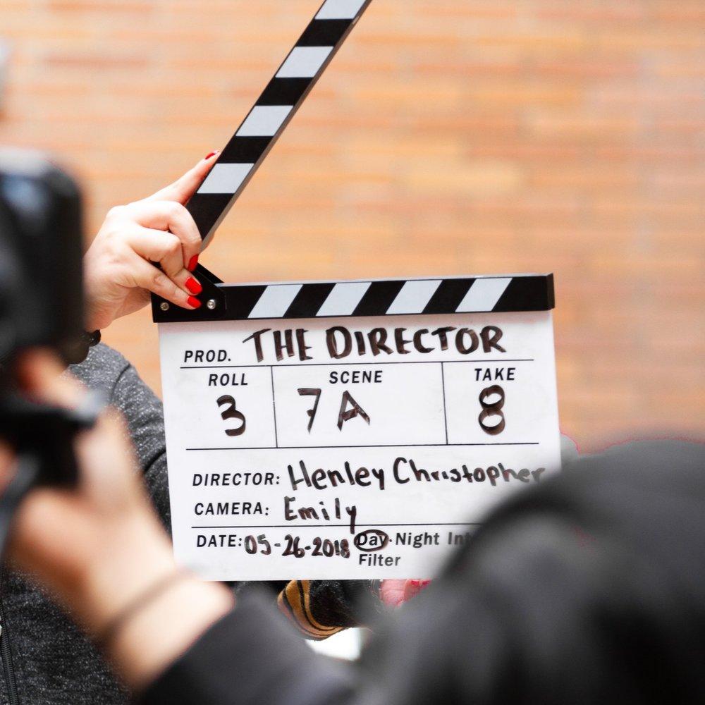 Optag firmaets næste reklamefilm og konkurrer mod de andre hold, om at indspille den bedste film. Vi sørger for et et fedt setup, hvor opgaver som manuskript, rollefordeling og redigerings færdigheder, skal indgå i løsningen af opgaven. Vi medbringer alt udstyr til denne aktivitet, og slutter af med et Award Show. -