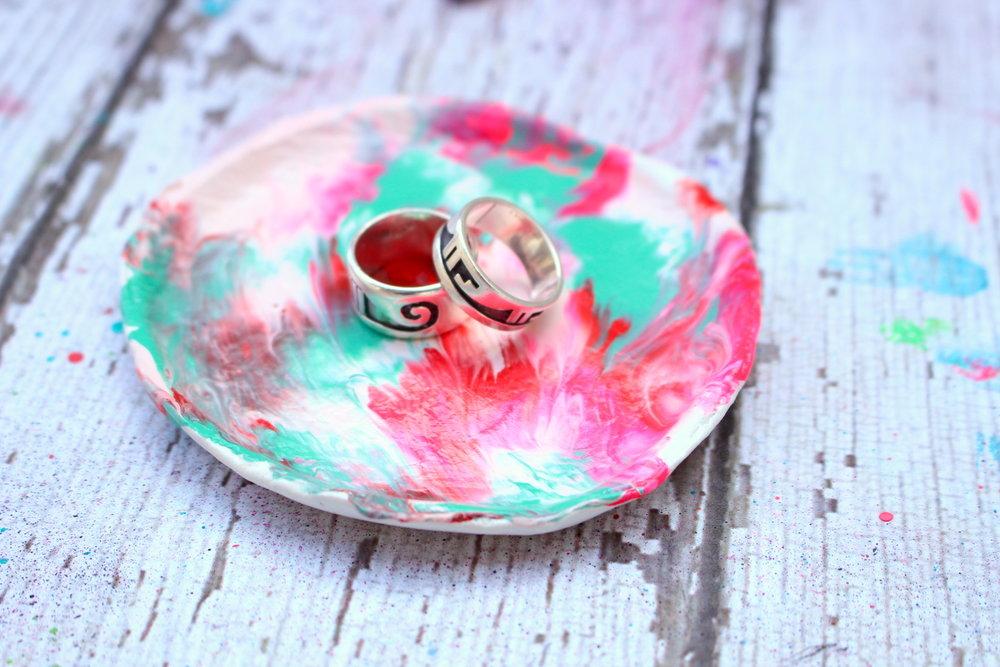 diy marbled ring dish