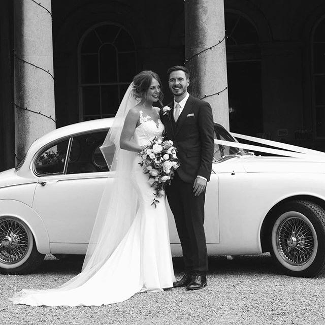 @timmyxoxoxo one of my brides, breathtaking isn't she 😍💗👰🏽 They got married at @prestwoldhall #hairbykatieattwood #bridebook #bridebookhair #preenmeshop #realbride #bride #groom #weddingflowers #weddinghair #weddingcar #weddinghairleicester #weddinghairstylist #instagram #facebook for wedding bookings call 07411763918📲💒