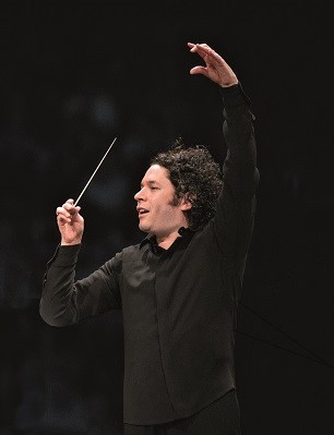 Berliner Philharmoniker Gustavo Dudamel2_(c)Adam Latham1.jpg