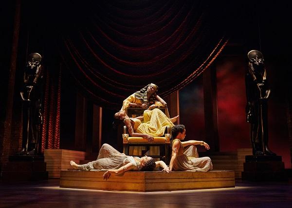 Antony and Cleopatra production photos_ 2017_2017_Photo by Helen Maybanks _c_ RSC_214608 lo.jpg