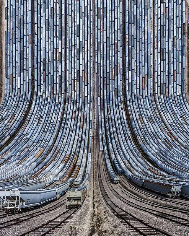 Turkish digital artist and photographer Aydin Büyüktas manipulates photographic landscapes in his dizzying 'Flatland II' collection.⠀ ⠀ #flatlandii #photography #landscape #digital #inception #contemporary