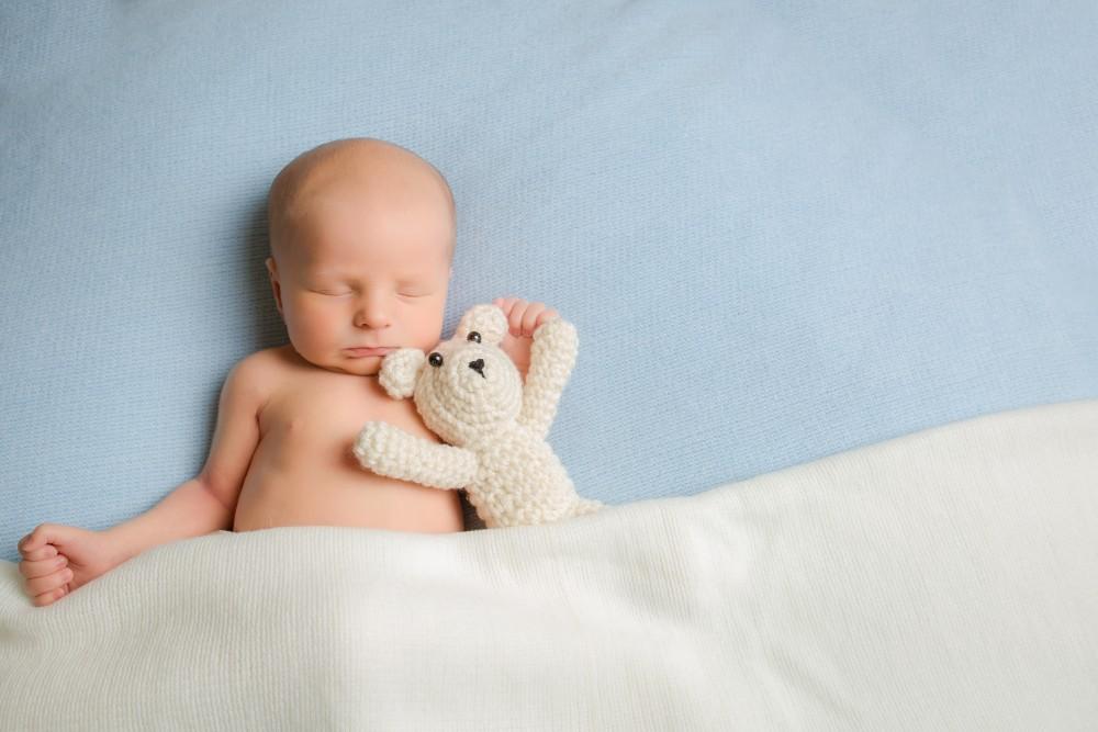 newborn-7-e1458569726222.jpg