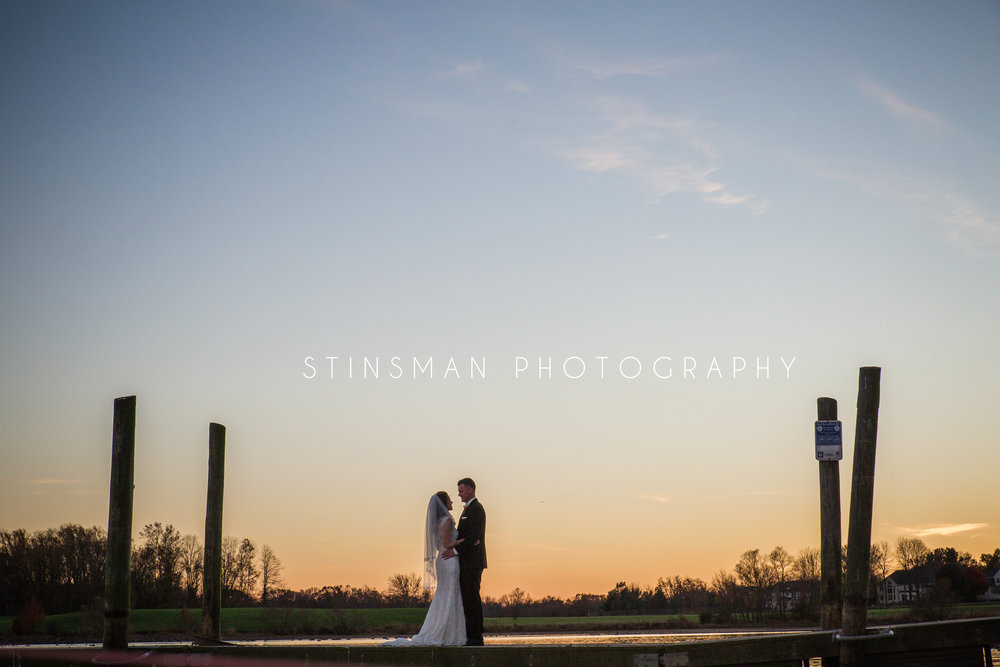 core creek park langhorne pa sunset on the water bride and groom photo