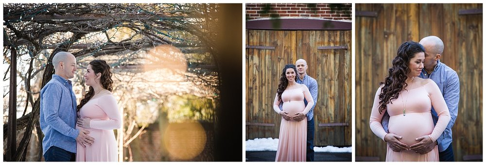 smithville mansion maternity photo shoot mom wearing a pink dress