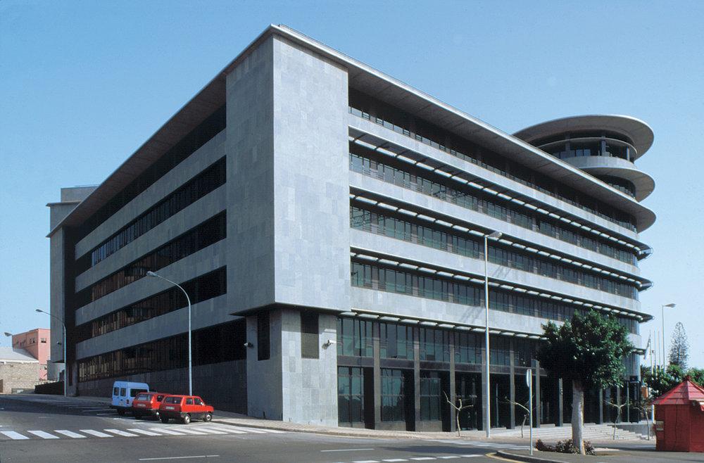 Correa + Estevez Arquitectura - Edificio Multiples 2 - 09.jpg